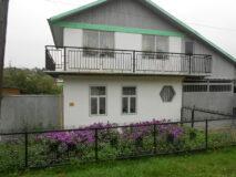 Продаётся 3-х этажный дом в г. Нязепетровске по ул. Калинина