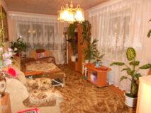 Продается 2-х комнатная квартира в г. Нязепетровске по ул. Кооперативная 6Б.