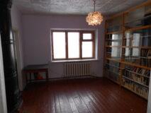 Продается 2-х комнатная квартира в г. Нязепетровске по ул. К. Либкнехта 18