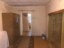 Продается квартира в г. Нязепетровске по ул. Клубная 9.